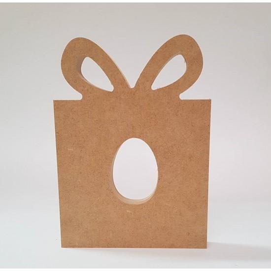 18mm Present Shape Kinder or Cadbury Egg Holder 18mm MDF Christmas