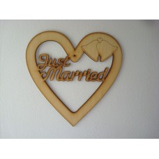 3mm MDF Just Married Susa Font Heart 20cm (with bells) Hearts With Words